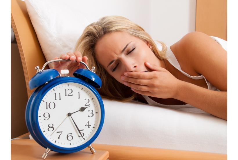 Snooze and Lose: How Too Little Sleep Can Lead To Too Many Pounds