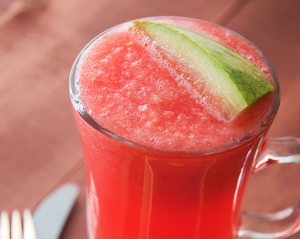 Low-Cal Drink Recipe: Watermelon Agua Fresca w/Strawberries